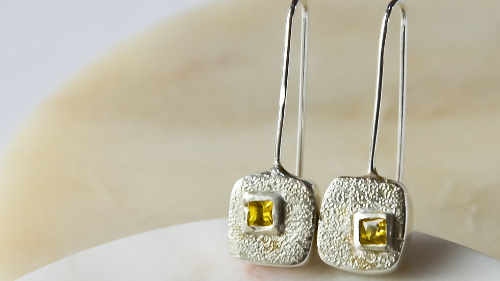 Square Earrings with Yellow Sapphires