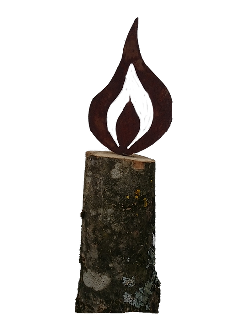 Rost Flamme auf Baumstumpf klein