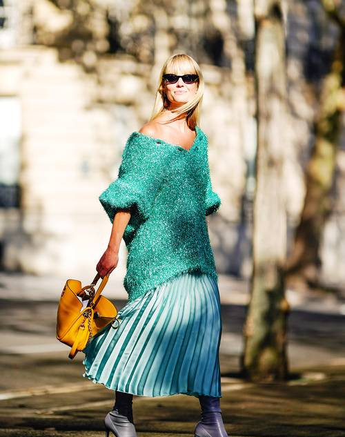 Pleated Skirts Were Big in 2014, But Here's How to Wear Yours 5 Years On