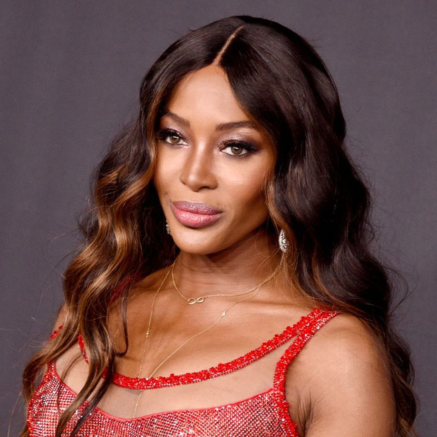 """Naomi Campbell defends Meghan Markle: """"I don't know how she deals with this"""""""