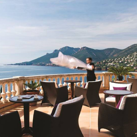 Hotel Review: Tiara Yaktsa and Tiara Miramar Beach Hotels, Cote D'Azur