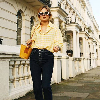 This Is Where Influencers Shop for Budget-Friendly Jeans