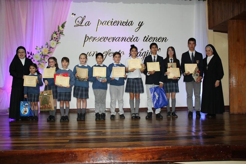 Estudiantes que obtuvieron el 1º Lugar de su curso.