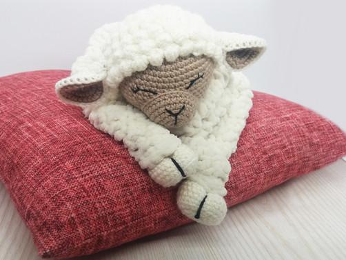 New Design - Crochet Lamb Blanket