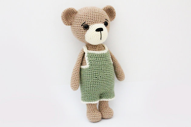 PATTERN - Teddy Bear with overall