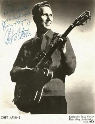 Chet Atkins 2.jpg