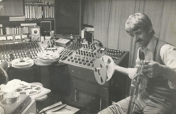 Graham Dee destroying tapes.jpg