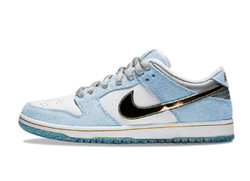 SB Dunk Low Holiday Special