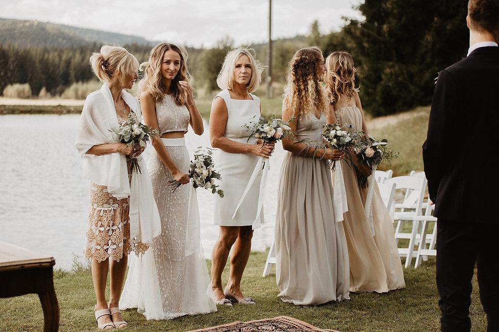 Svateba, nevěsta, ženich, líčení, účes, make-up