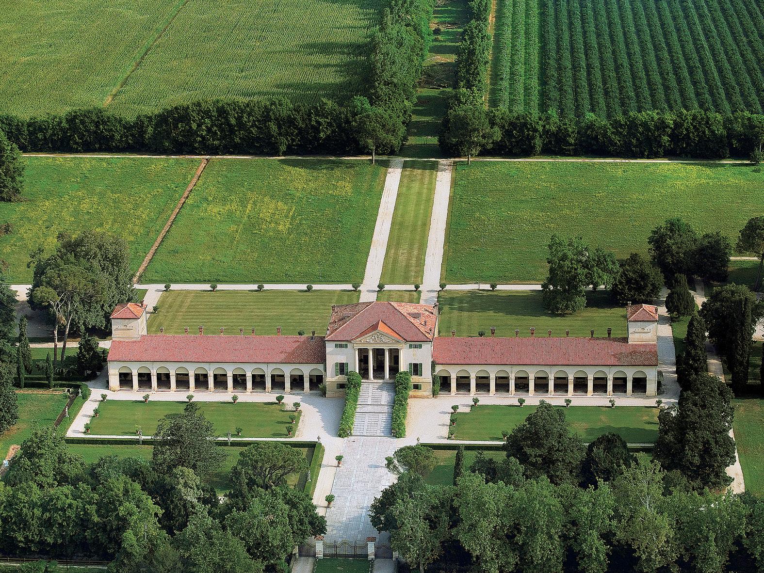 The park of Villa Emo