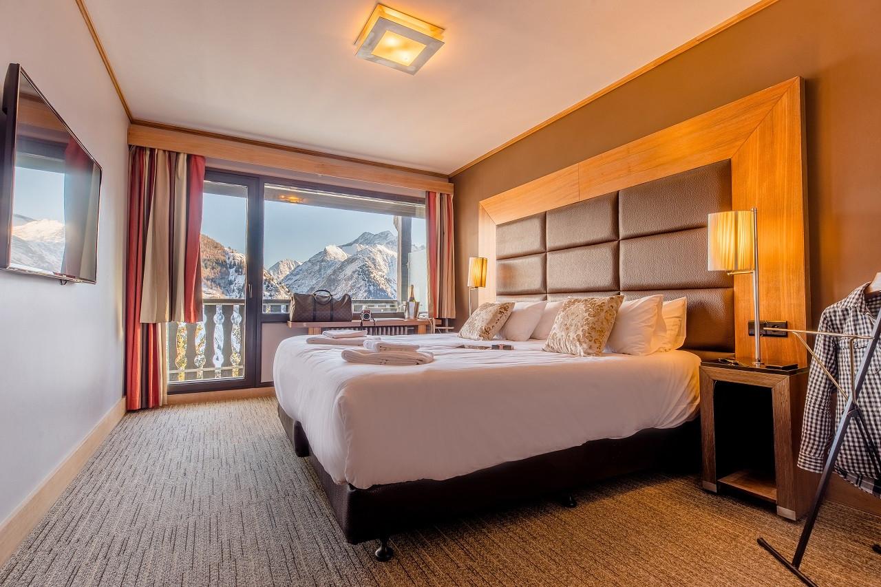 chambre sud avec vue et balcon1