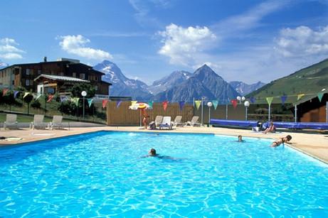 Piscine plein air les 2 Alpes