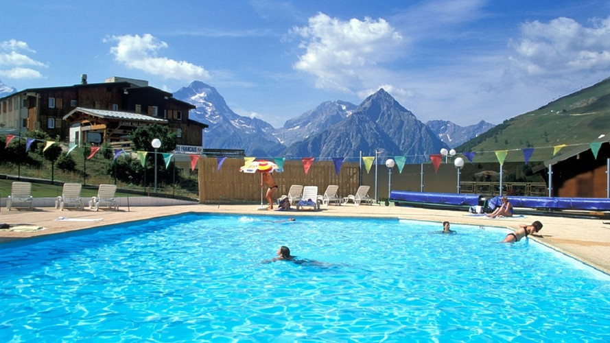 piscine plein air des 2 alpes