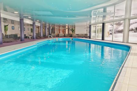 piscine couverte et chauffée les 2 Alpes