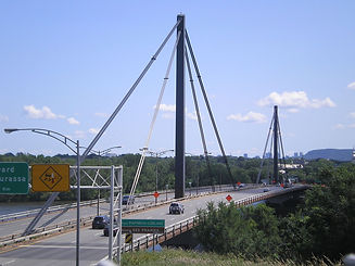 1280px-Papineau-Leblanc_Bridge.jpg