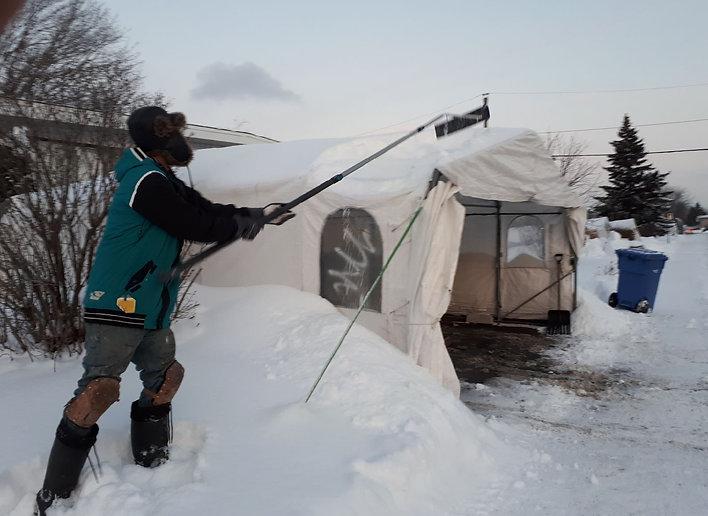Déneigement de Toiture et déglaçage Longueuil