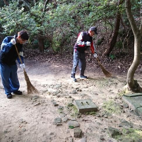 中核稲荷神社清掃活動に参加してきました