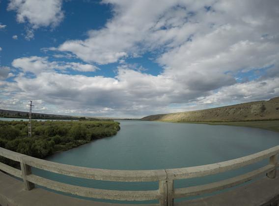 konečně hezká řeka- Santa Cruz