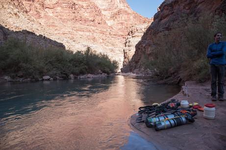 little-colorado-river--dive_49070276356_