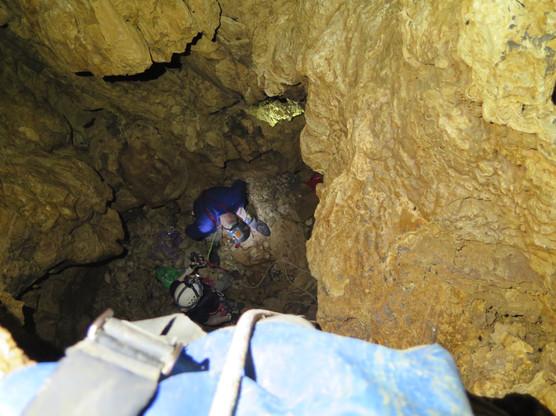 cueva-del-falso-tributario_16150486388_o.jpg