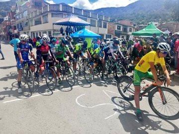 Inició la Primera Clásica Nacional de Ciclismo Club Labranza del Sol en Soatá