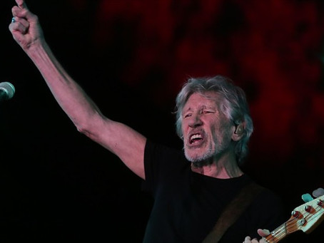 Roger Waters muestra su apoyo a los estudiantes en Colombia