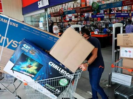Colombianos gastaron más de $5 billones en el día sin IVA