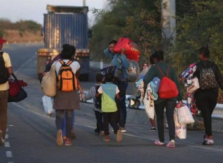 Continúa éxodo de venezolanos en rutas nacionales