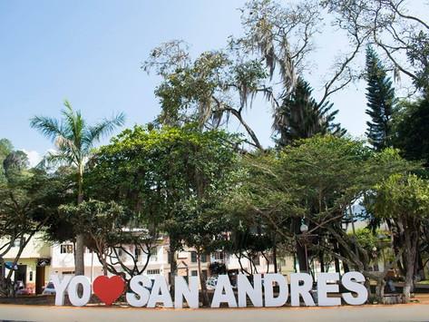 ALCALDÍA DE SAN ANDRÉS SIGUE ENTREGANDO AYUDAS