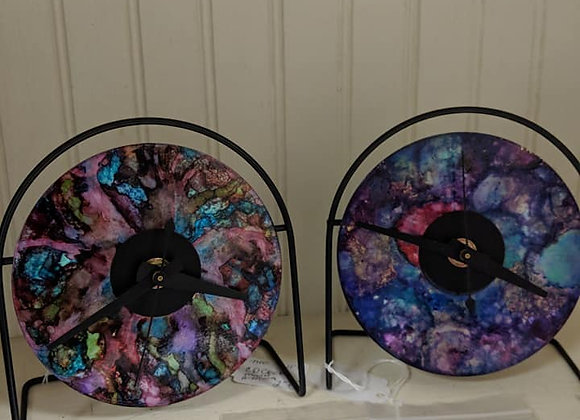 Alcohol Ink CD Clocks