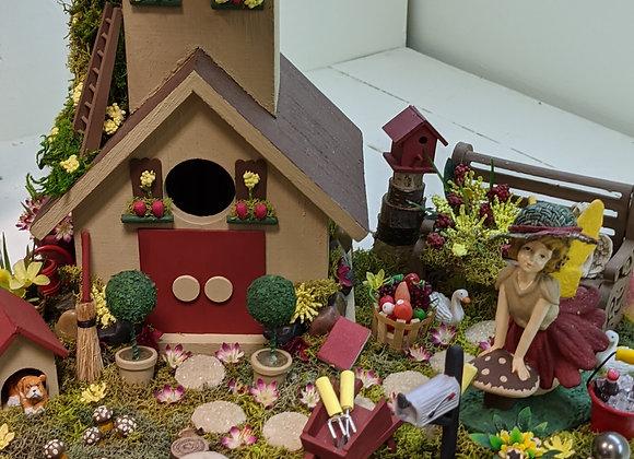 Home Decor - Fairy Garden - Birdhouse