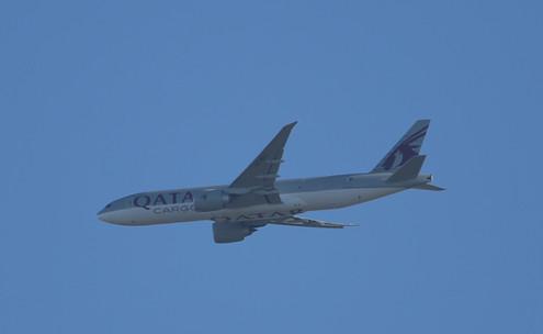 Qatar Cargo 777 015.JPG