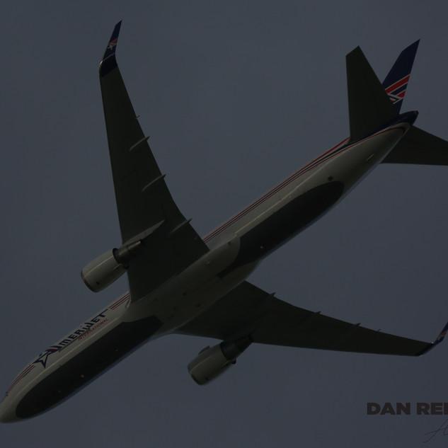 Amerijet 767 015.JPG