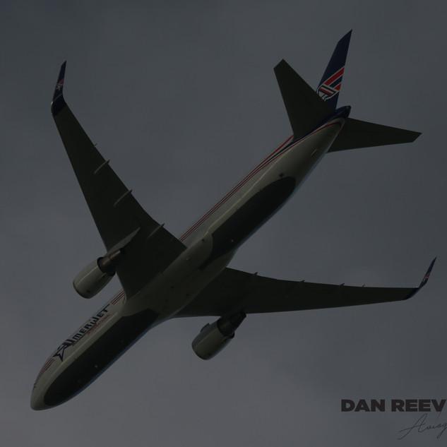 Amerijet 767 017.JPG