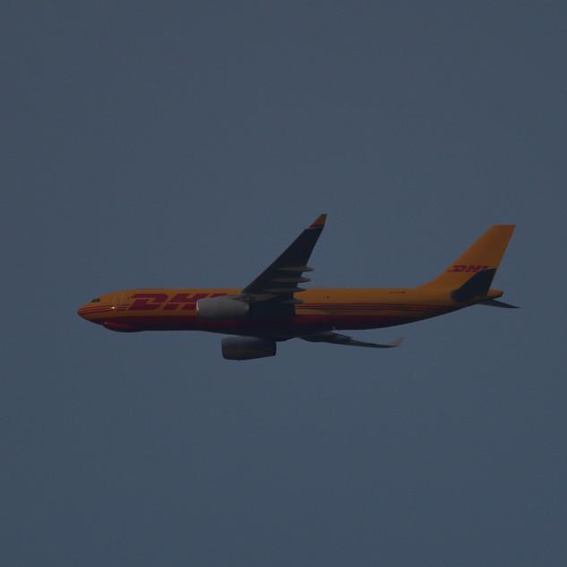 DHL A330 005.JPG