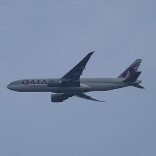 Qatar Cargo 777 007.JPG