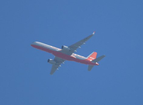 Aviastar 757 001.JPG