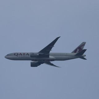 Qatar Cargo 777 004.JPG