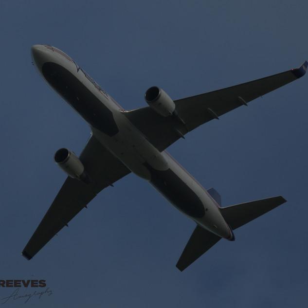 Amerijet 767 003.JPG