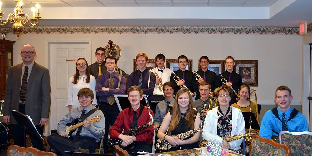644 - JAzz Band at Grand Victorian 4-4-17 012-Crop-SM