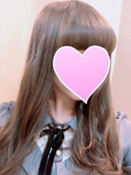 英 すみれ(20歳)