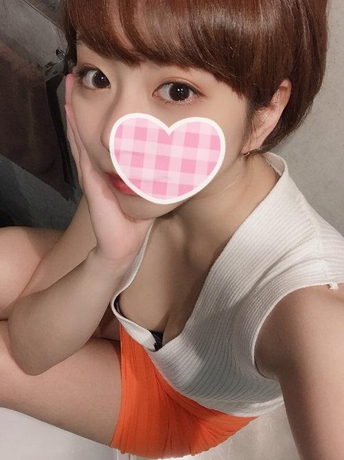 蓮見 杏(23歳)