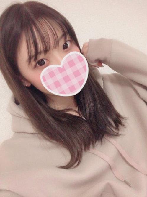 咲真瀬奈(22歳)