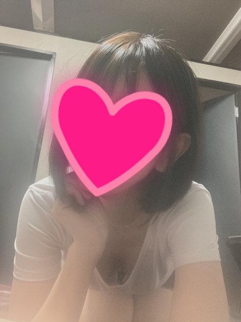 藤井まい(29歳) 中目黒店 12:00~18:00