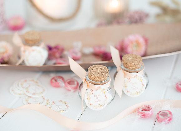 gastgeschenke hochzeit, korkgläschen für Hochzeitsmandeln, trockenblumen, geschenke für gäste, personalisiert,