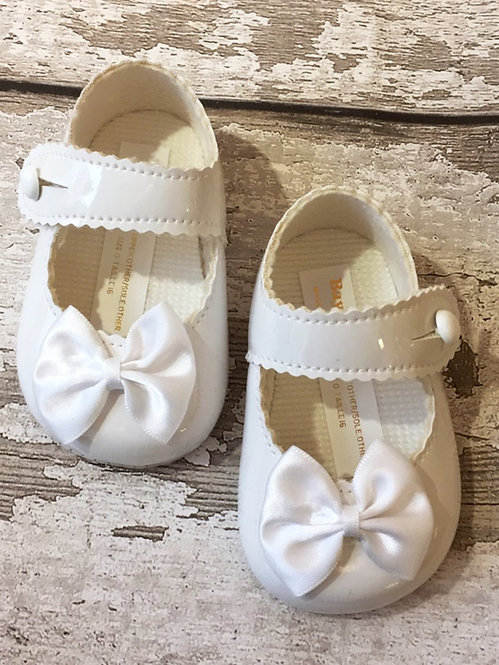 Bow Pram Shoe