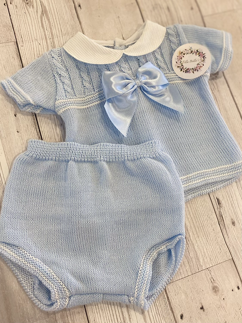 Two Piece Set With Bow