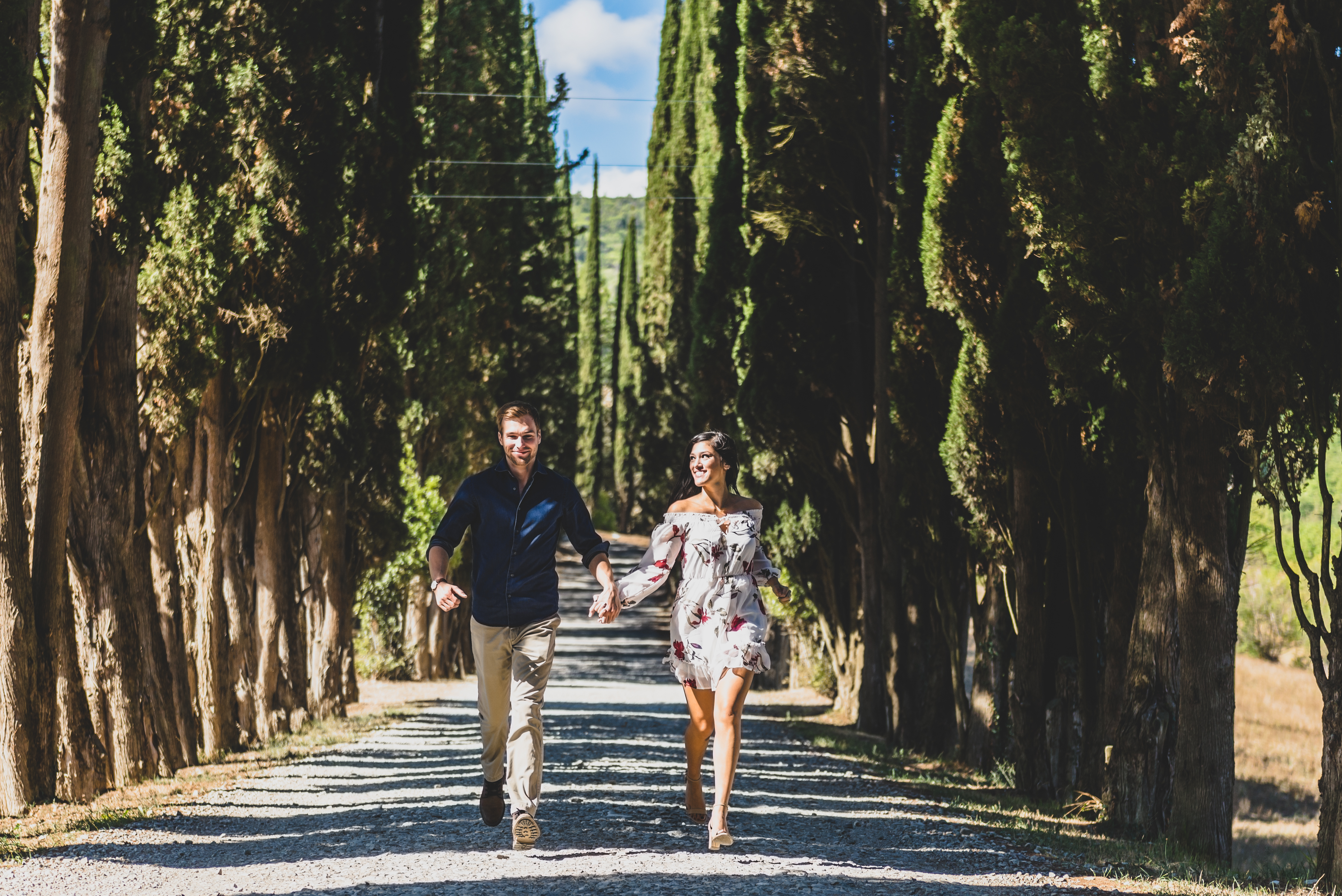engagement session val d'orcia