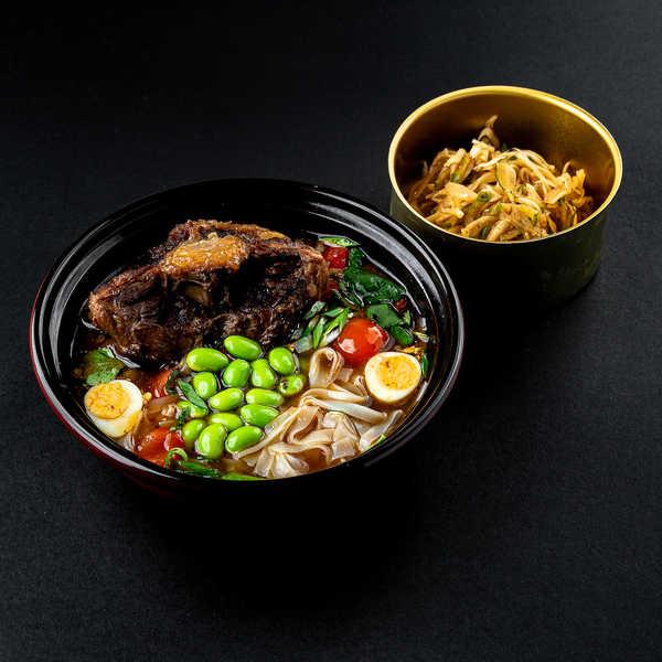 Азиатский суп с бычими хвостами