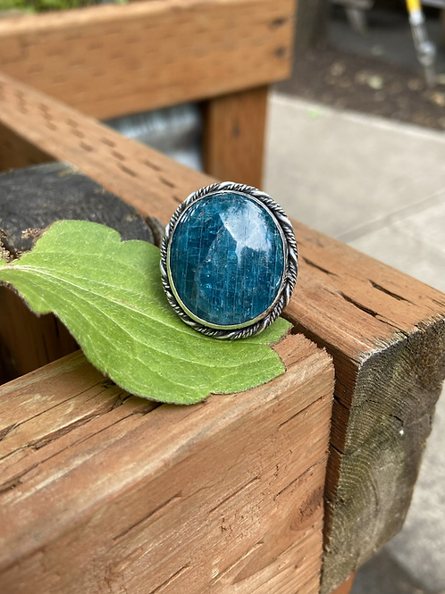 Chatoyant Natural Blue Apatite and Fine/Sterling Silver Ring (size 9ish)